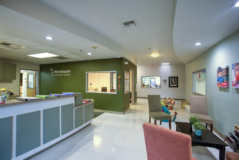 Little-Blossom-Montessori-Preschool-and-Daycare-Services-Sacramento-Natomas_06.jpg