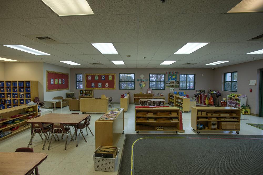 Little-Blossom-Montessori-Preschool-and-Daycare-Services-Sacramento-Natomas_18.jpg