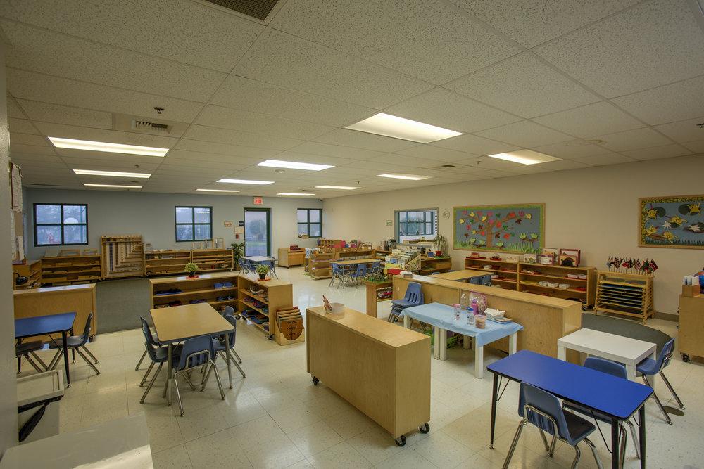 Little-Blossom-Montessori-Preschool-and-Daycare-Services-Sacramento-Natomas_29.jpg