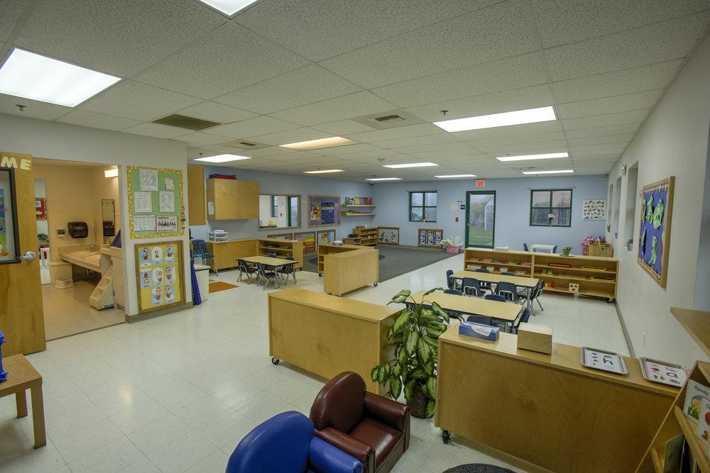 Little-Blossom-Montessori-Preschool-and-Daycare-Services-Sacramento-Natomas_31.jpg