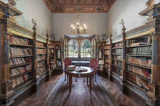 """The library at """"Castle Umbria"""""""