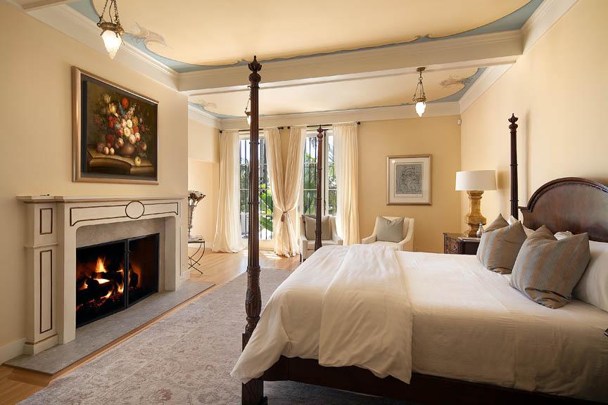 5-Master-Bedroom-Jim-Bartsch.jpg