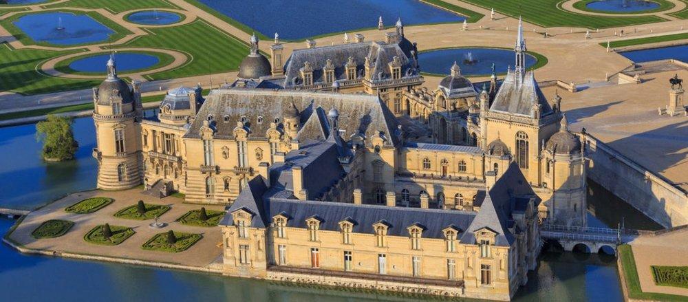 domane de chantilly -ans-des-Chantiers-Ecoles-du-Domaine-de-Chantilly-1140x500.jpg