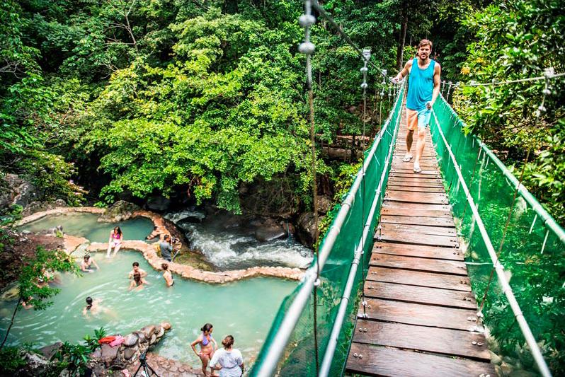 hacienda_guachipelin_rio_negro_hot_springs03.jpg
