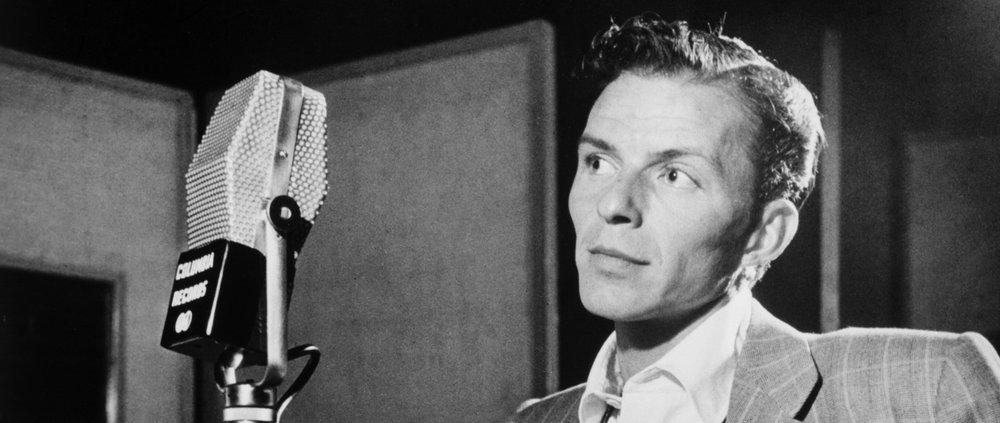 Frank_Sinatra_by_Gottlieb_c1947-_2.jpg