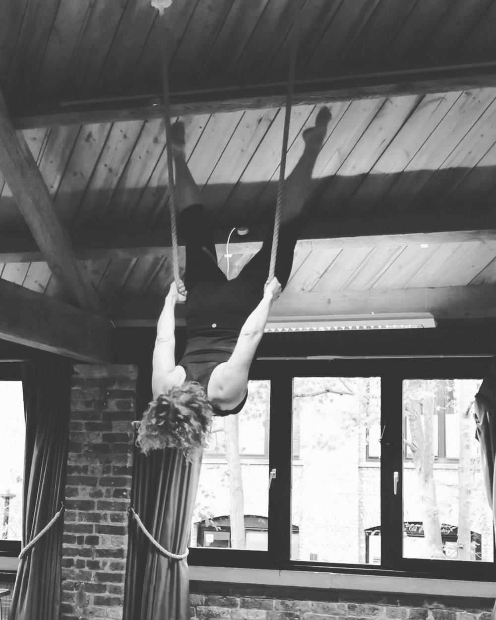 Liz on trapeze in November 2018