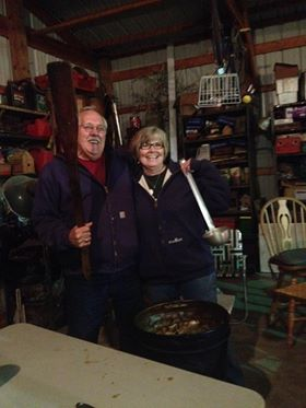 Uncle Joe & Aunt Darlene with the stew!