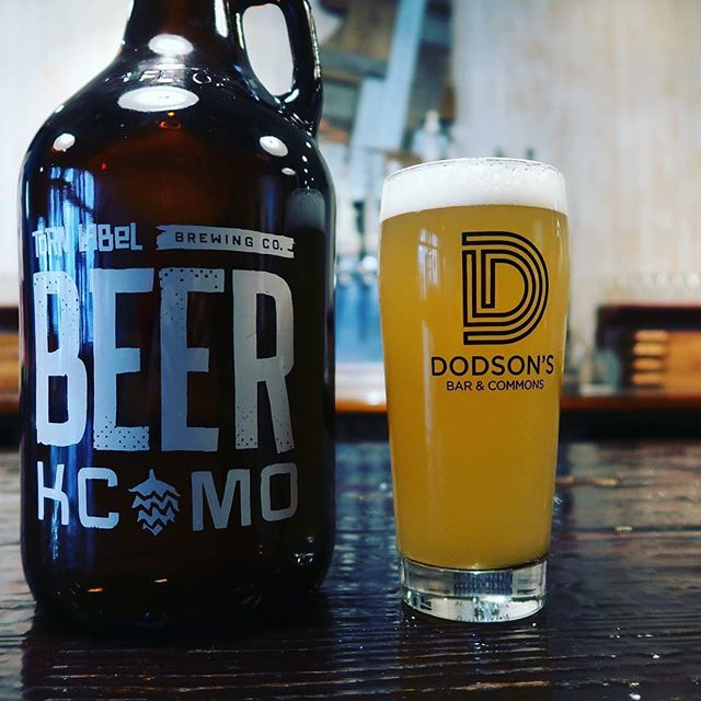 Wednesday evening join us @dodsonsbarwaldo. We will be doing our first pop up for the release of @tornlabelkc new beer 🍺 🍻 . . . #kansascity #beer #waldo #thebitekc #notjustasandwichshop #popupwednesday