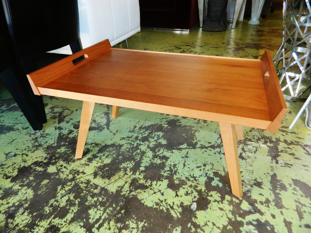 Lupo Tray Table By Ligne Roset