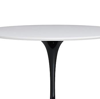 Saarinen Round Dining Table Designed By Eero Saarinen For Knoll 1957