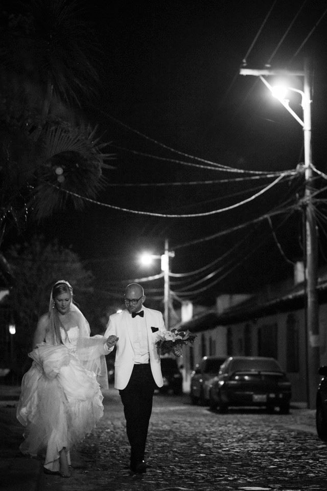 bridefriends-guide-to-destination-weddings-podcast-blackdesti-black-destination-bride-2017-lea-funkhouser-antigua-guatemala-episode-5-fave4.jpg