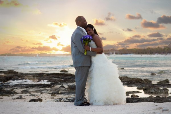 bridefriends-guide-to-destination-weddings-podcast-blackdesti-black-destination-bride-2017-rashonda-maleke-riviera-maya-mexico.jpg