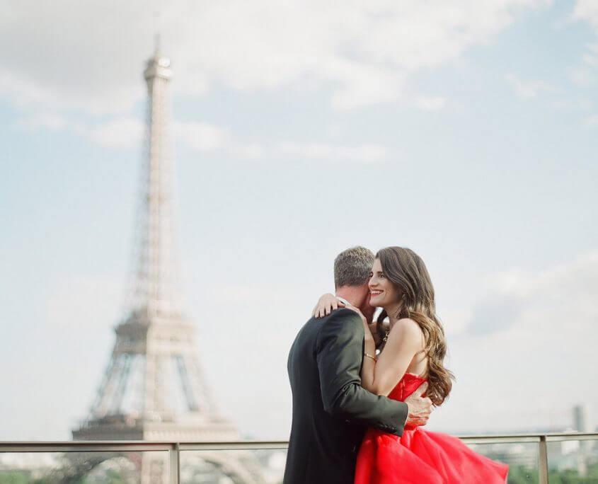how-to-plan-a-destination-wedding-in-paris-france-desti-guide-to-destination-weddings-podcast-destipro-wedding-planner-fete-in-france-interview-red-dress-eiffel-tower-845x684.jpg