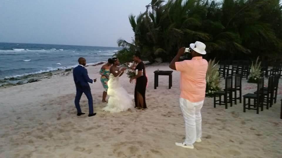 how-to-plan-a-destination-wedding-my-wedding-recap-ivory-perkins-beauty-candid-5.jpg