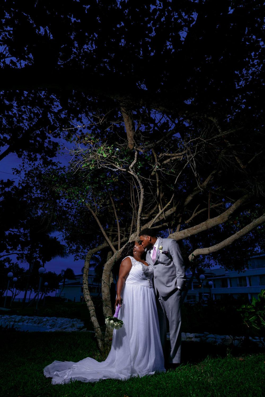 tressa-how-to-plan-a-destination-wedding-in-cancun-mexico-moon-palace-resort-black-destination-bride-destiland-desti-guide-to-destination-weddings-night-couple.jpg