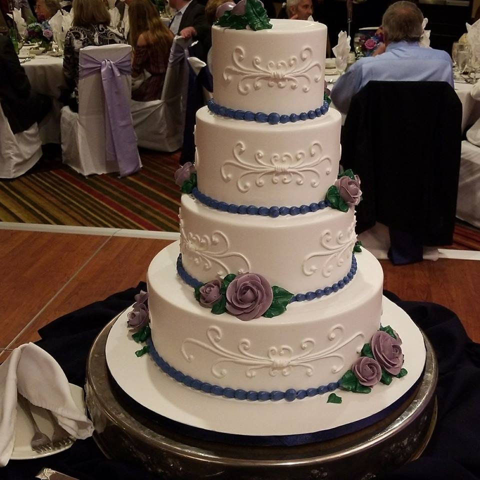 Attocchi-Krause Wedding Cake-9-29-17.jpg