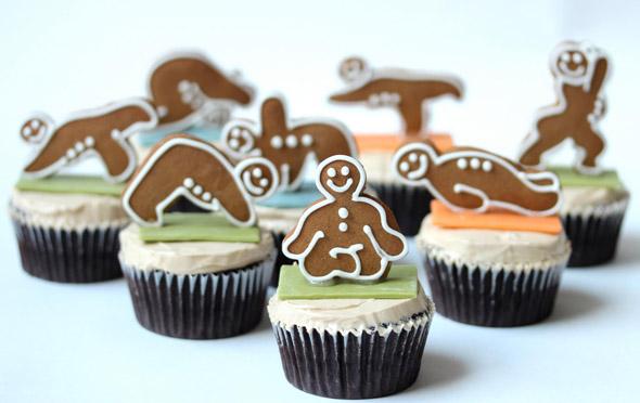 gingerbread-yoga-men-cupcakes.jpeg