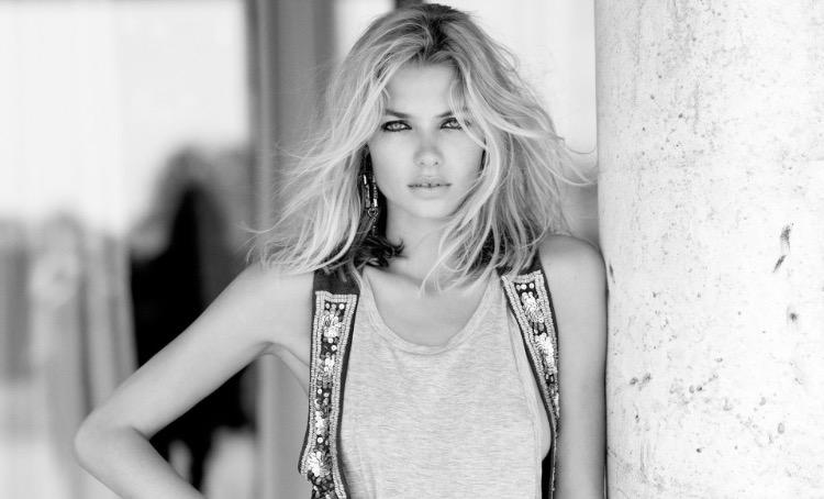 Jessica Hart; model