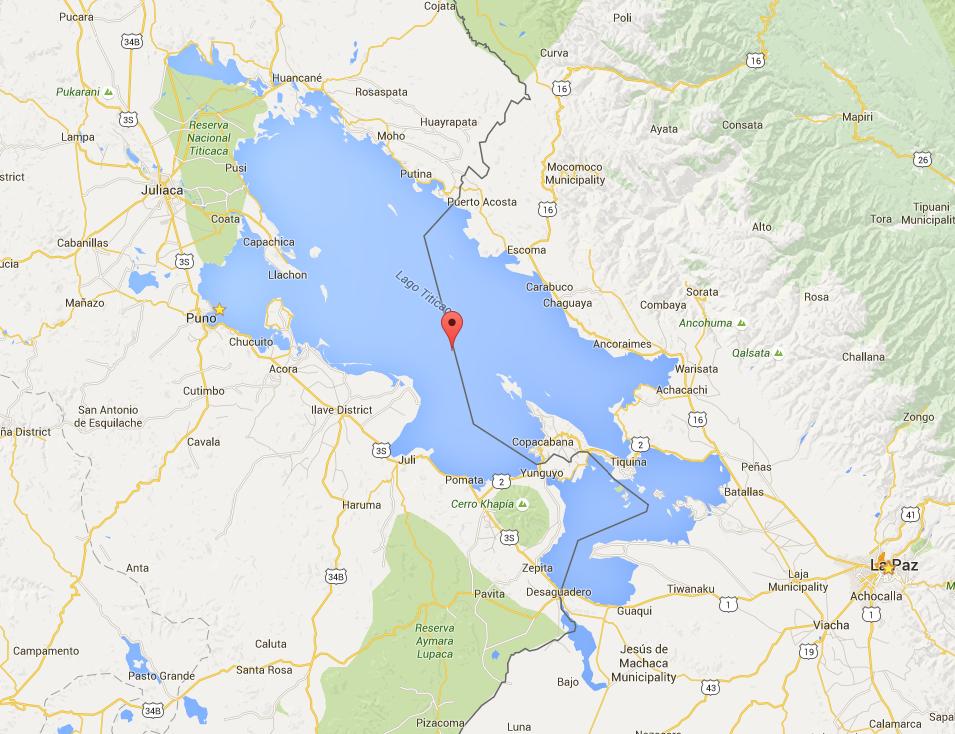 بحيرة بونو الواقعة بين كل من البيرو وبوليفيا