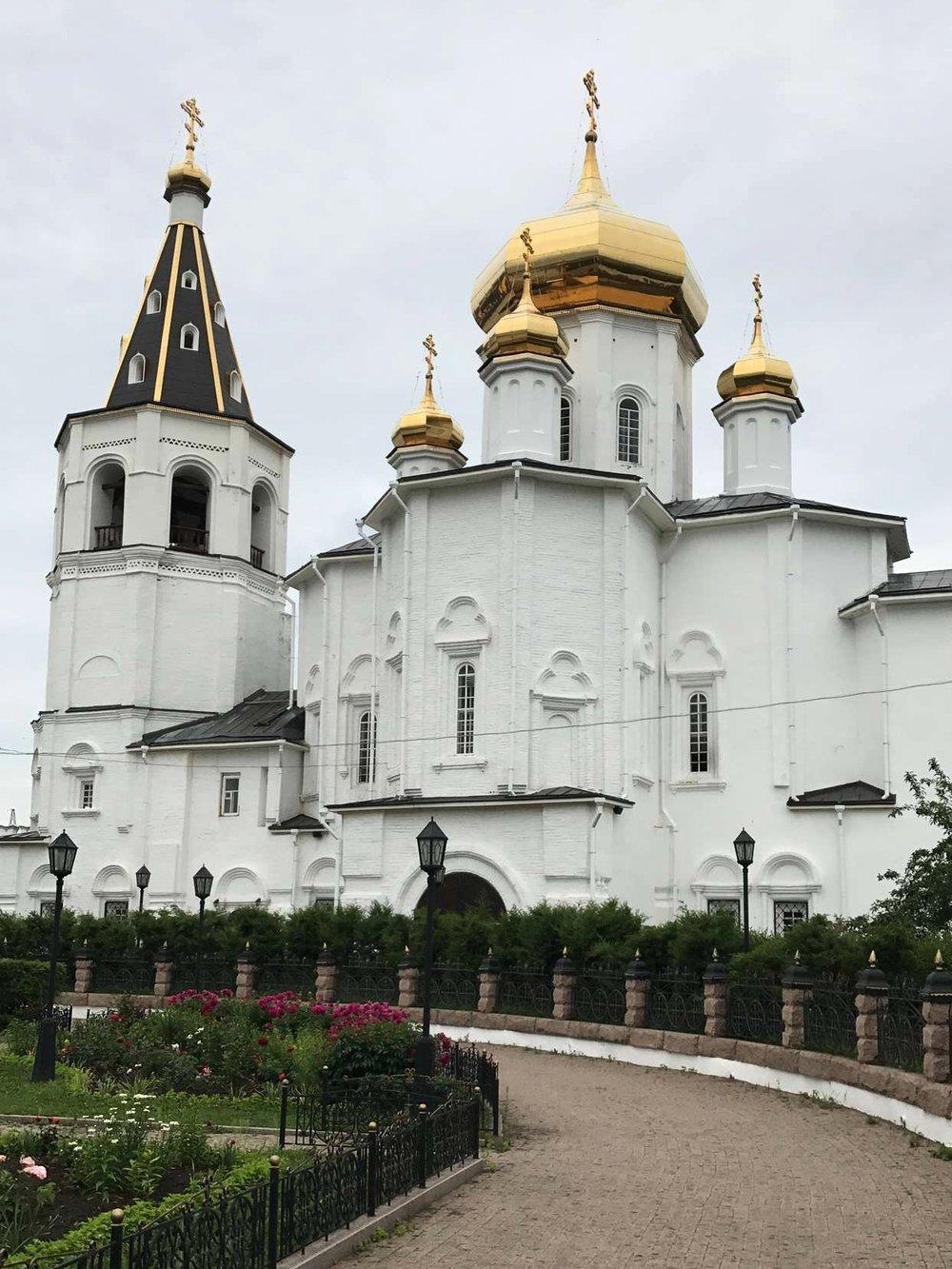 كنيسة دير ثالوث المقدسة