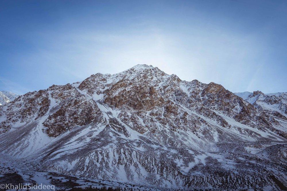 الثلوج في شمال باكستان كما بدت في بداية شهر نوفمبر