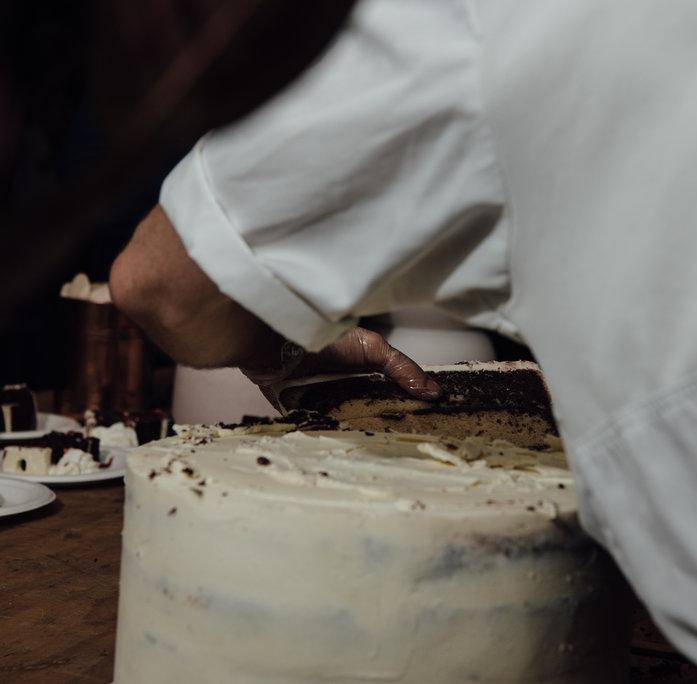 wedding cake, cakeage service