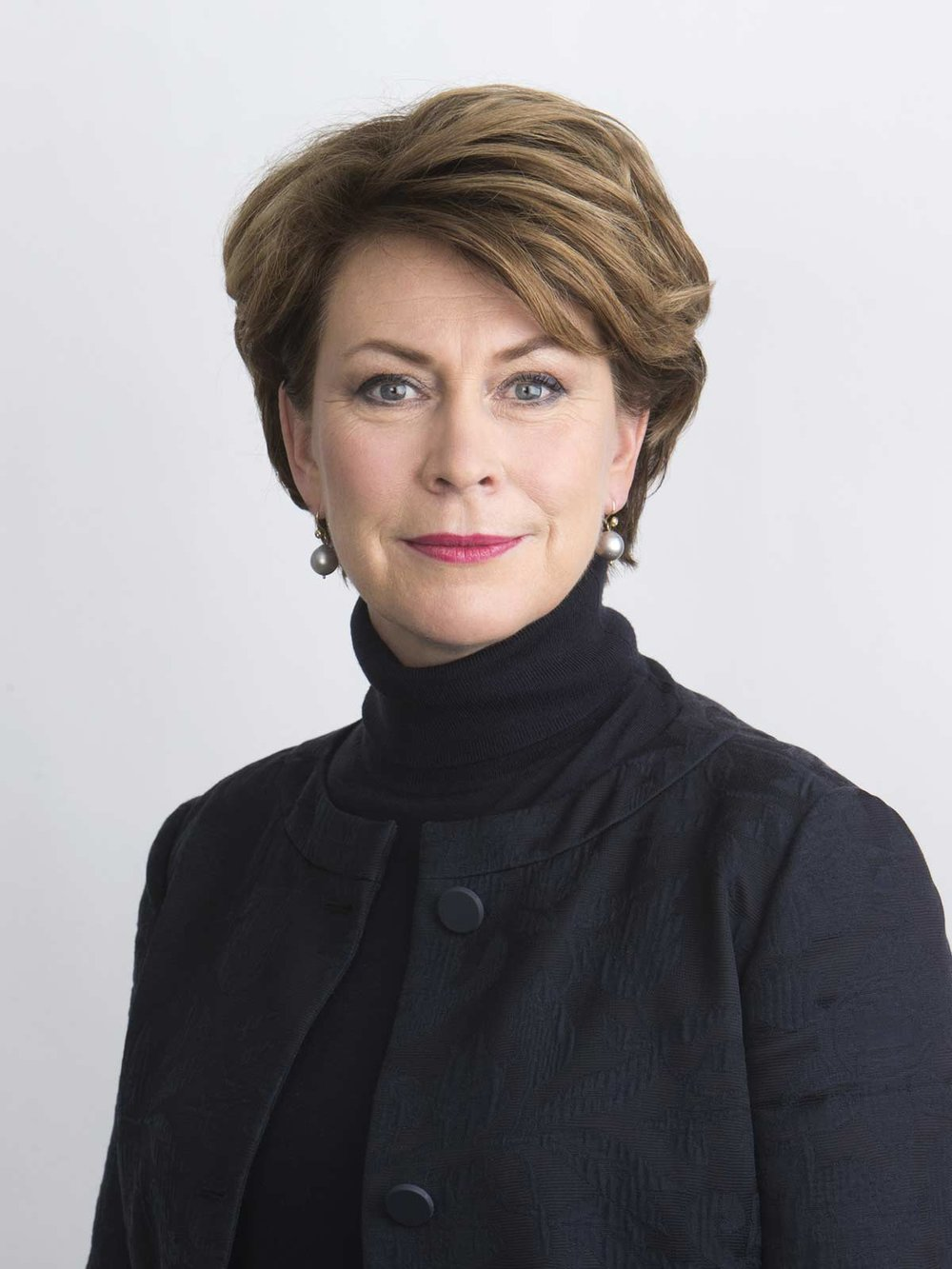 Ylva Berg ,   vd, Business Sweden.