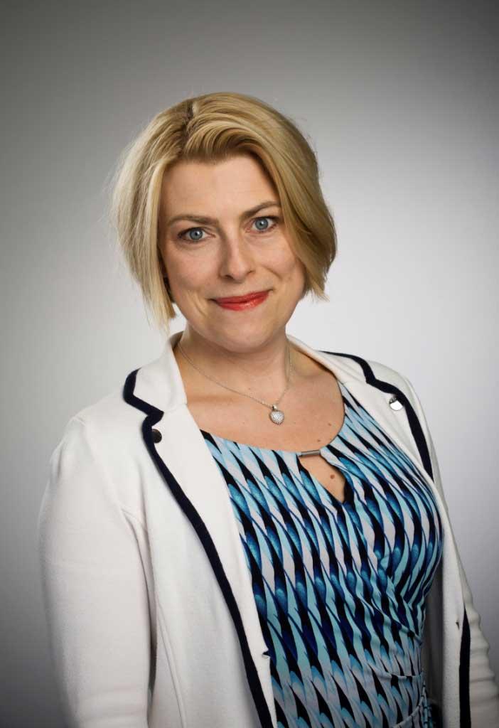 Att skapa ett HR-dreamteam – eller våga vara bäst   Eva Klevås,  HR-chef, Kraftringen
