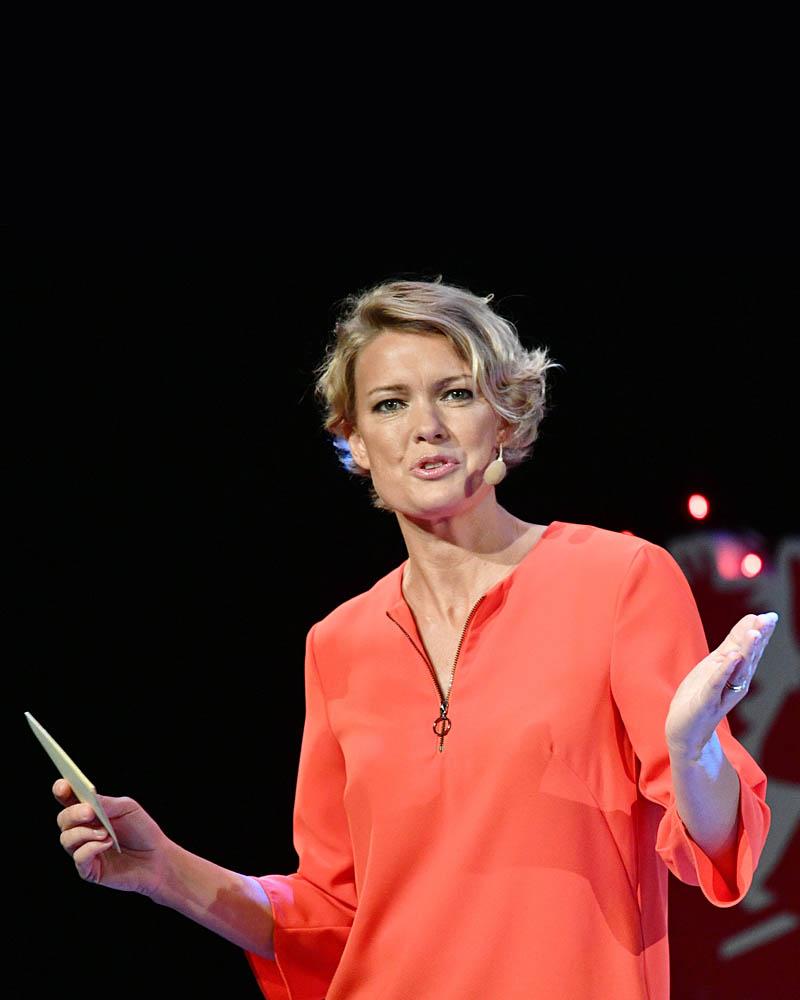 Cecilia Nebel,erfaren journalist med bakgrund från Sydsvenskan, är konferensens moderator