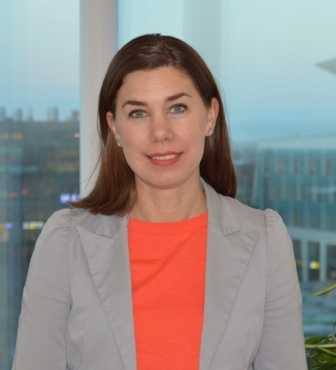 Anna Idorn, CISO, Ikano Bank Anna har jobbat inom banksektorn sedan 2008 och med Informationssäkerhet i 13 år både som konsult och i linjeroller.
