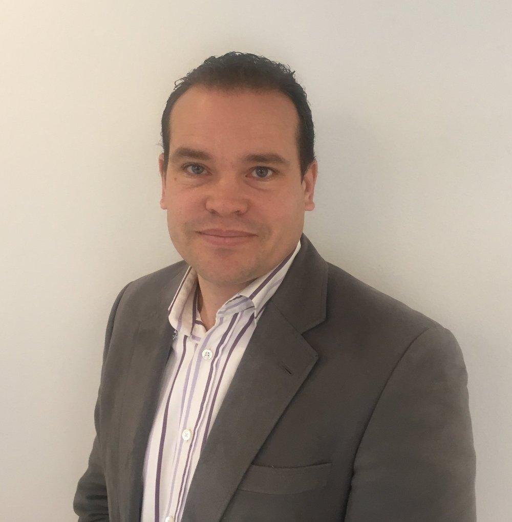 Martin Holmberg - Business Development Manager, Tactel Martin har arbetat inom IT-branschen i mer än 14 år. Till största delen inom konsultverksamhet med att ta fram nya it-lösningar tillsammans med kund. Martin öppnade 2012 upp Tactels kontor i Stockholm och ansvarar idag för försäljningen på bolaget. Martin brinner för innovativa mobila lösningar och arbetar idag med kunder som utvecklar applikationer med flera miljoner användare.