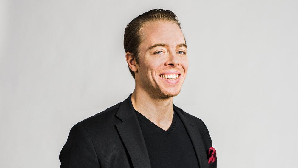 Linus Jonkman, HR-chef, Prisjakt   Linus var en av kandidaterna till Årets HR-profil i Skåne 2017. Linus övergripande mål är att skapa en organisation där människor mår bra och får utrymme att vara sig själva. Han är inte rädd för att testa nya vägar i sitt HR-arbete och har bland annat skrivit flera böcker om ämnet. Linus har även fått mycket uppmärksamhet efter att ha skrivit flera humoristiska och prestigelösa platsannonser.