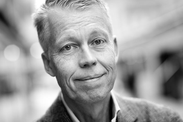 Anders Dahlvig  Styrelseordförande, Inter IKEA Group  Anders är en av Sveriges tyngsta affärsmän. Han började sin IKEA-karriär år 1984, och var VD och koncernchef för företaget mellan år 1999 och 2009. Idag är Anders ordförande i Inter IKEA Holding, franchisegivare i IKEA-systemet. Han ingår i styrelserna för bla. H&M, Kingfisher och Oriflame och är expert på fallgropar och gyllene möjligheter för att skapa internationell tillväxt inom retail.