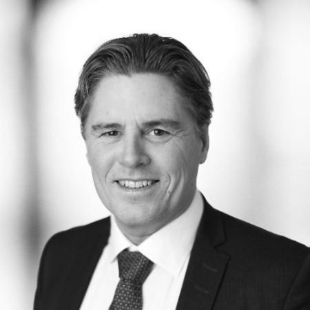 Patrik Romberg  SVP group communication, Trelleborg AB  Patrik har omfattande erfarenhet av globalt och lokalt affärsansvar från olika B2B- och B2C-företag inom industrier som energi, detaljhandel, biovetenskap, fordonsindustri och teknik. Han har haft ledande positioner från försäljning, marknadsföring, digital, kommunikation och HR till operations.  Efter att ha arbetat på Unilever började han på Trelleborg 2006 och ingår idag i koncernledningen med globalt ansvar för koncernkommunikation, inklusive områden som strategisk varumärkesbyggnad, marknadsföring, digitala kanaler och tjänster, ekonomisk kommunikation, PR och CSR.