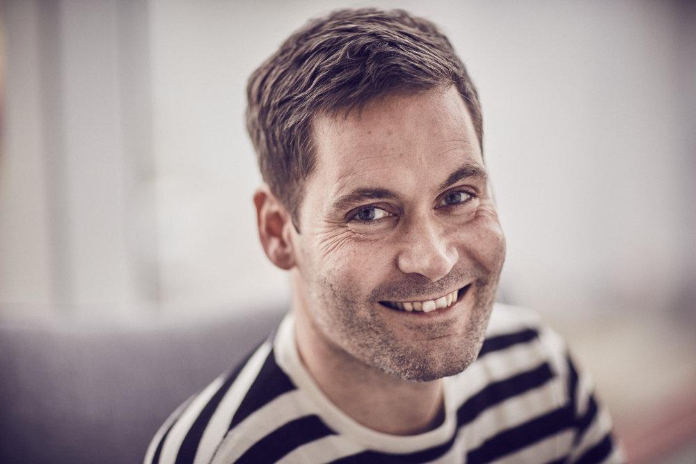 Pär Siko   Pär jobbar som Studio Lead på Jayway där han bland annat ansvarar för företagets strategi kring virtuell- och förstärkt verklighet. Pär började sin karriär som utvecklare och har sedan dess bland annat jobbat som ansvarig för utvecklarkonferensen Øredev och startat VR/AR mötesplatsen  immersivehub.se .