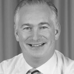 Greger Leijonhufvud  Regionansvarig Västra och Södra Sverige, EKN  Greger arbetar med att öka kännedomen och kunskapen om EKNs garantier hos framförallt små och medelstora företag, banker, finansiärer och näringslivsorganisationer. Greger har förutom fyra år på EKN, en mångårig internationell bakgrund inom det privata näringslivet och bank och har varit baserad i Tyskland, Schweiz och Kazakstan