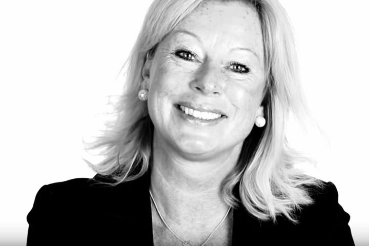 Louise Dolck Strömberg  HR-direktör, Axis Sverige  Louise arbetar sedan 4 år tillbaka på Axis där hon är med om en fantastisk tillväxtresa med kultur och värderingar som kompass. Louise har mångårig erfarenhet från bland annat Baxter och E.ON.