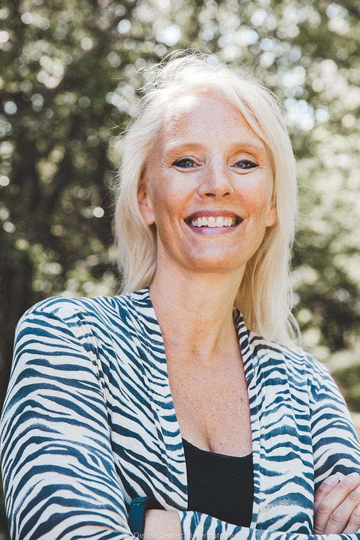"""Trine Grönlund   Vd, Innergi Labbet  Trine   är en passionerad och driven världsmedborgare som bl.a bott och jobbat i New York inom IT- och reklambranschen. Idag är hon vd för det egna bolaget Innergi Labbet som arbetar med mental hållbarhet i högpresterande verksamheter. Hon är en eftertraktad och uppskattad föreläsare, moderator och företagskonsult på bägge sidor om sundet samt initiaitivtagare till """"Innergi i Lund"""" - ett tvåårigt program som ska inspirera ledare och medarbetare i Lund till en roligare och mer mentalt hållbar vardag."""