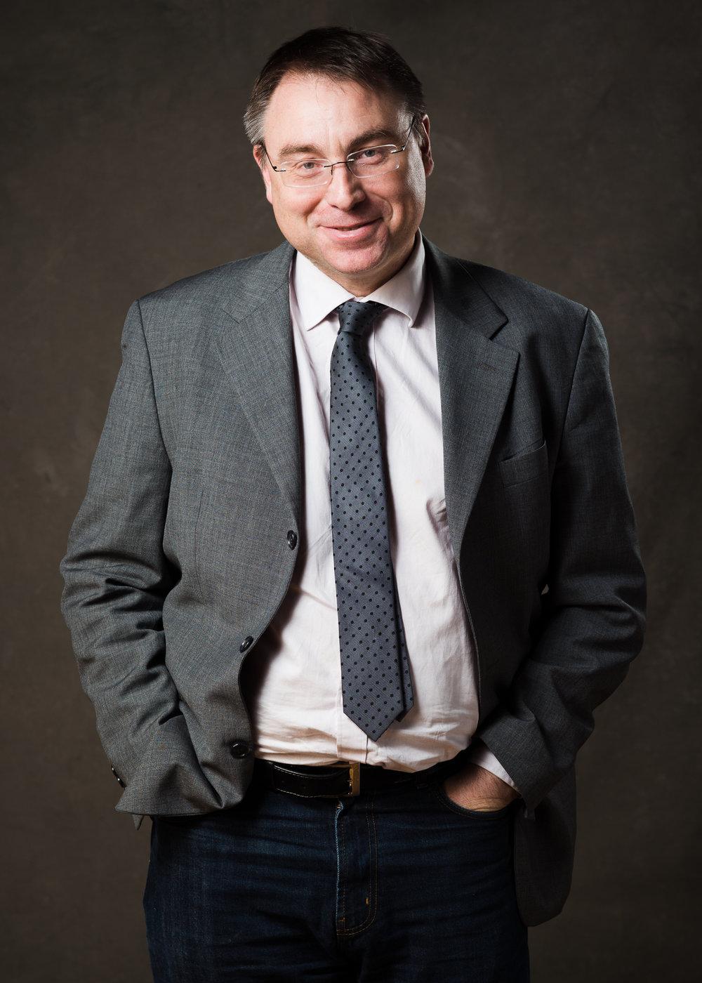 Anders Åkesson  (MP), Regionråd  Skånes meste sjukvårdspolitiker. Har suttit vid makten i 12 år i regionfullmäktige. Vurmar särskilt för primärvård, psykisk hälsa och missbruksvård. Favorituttryck: Grönt samhällsbygge. Gillar gamla antikviteter och nya idéer.
