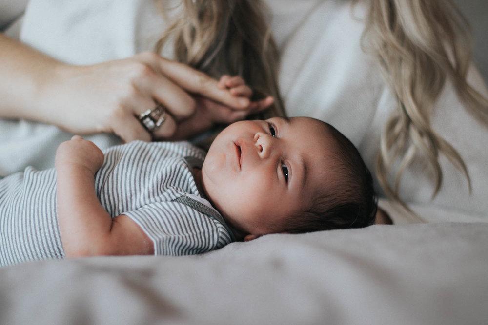 GavinNoyola_newborn-32.jpg