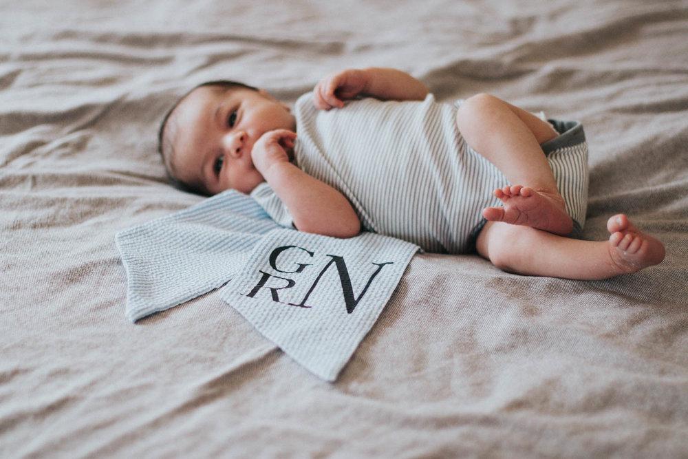 GavinNoyola_newborn-122.jpg