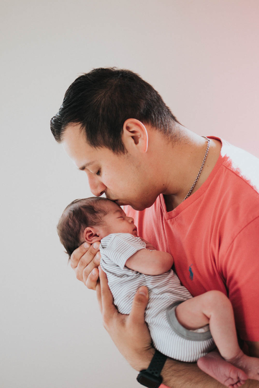 GavinNoyola_newborn-183.jpg