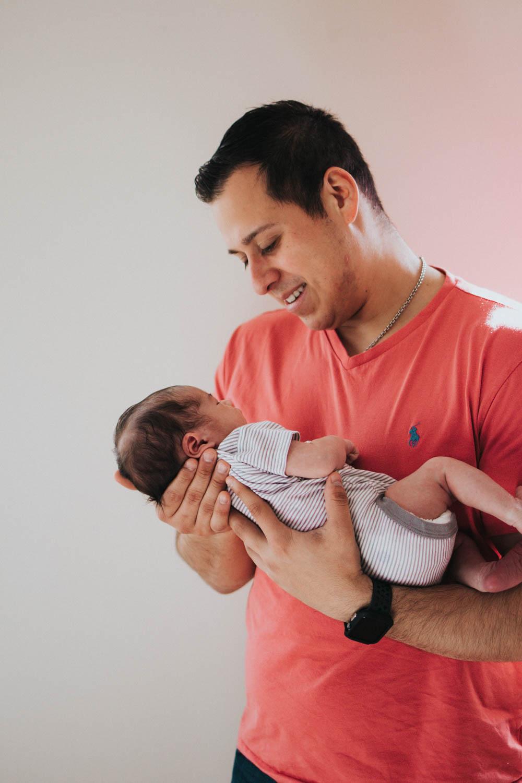 GavinNoyola_newborn-189.jpg