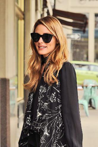 7a06f68eb2 Olivia Palermo in Le Specs Halfmoon Magic Sunglasses - Black