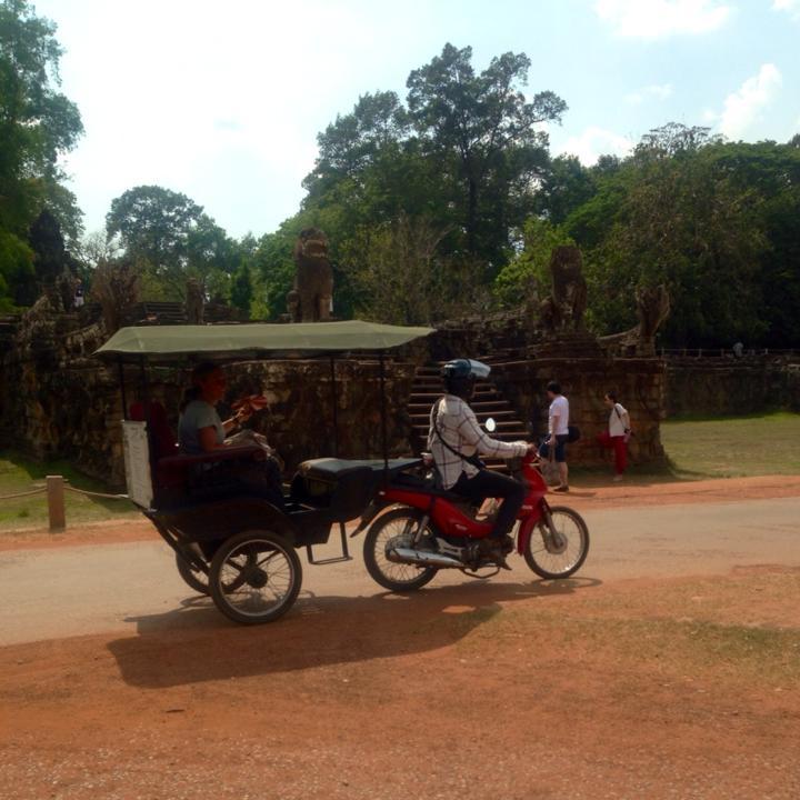 cambodiatuktuks.jpg