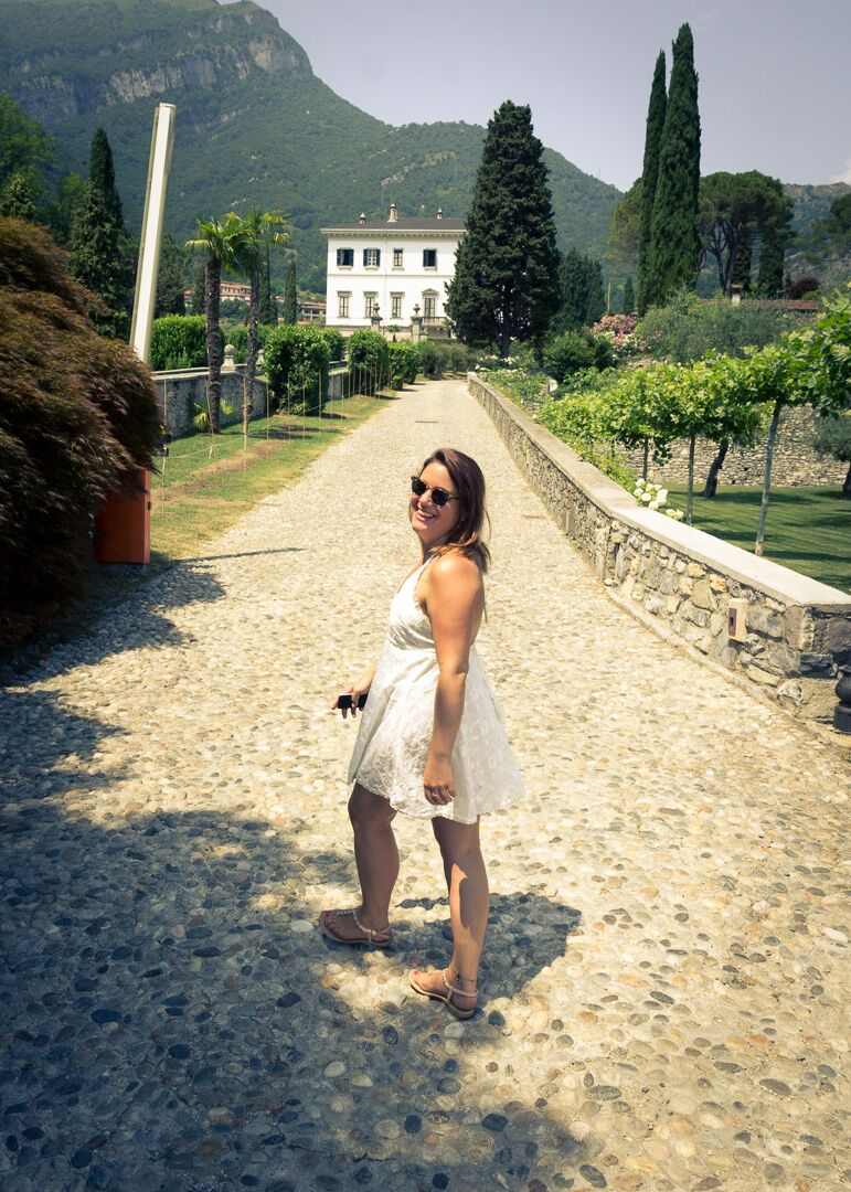 Sneaking up the pathway of Villa Carlotta