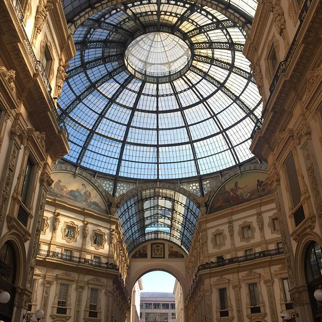 Milan is so underrated #architecturephotography . Check out my new post (link in bio👆🏼) to find out why.
