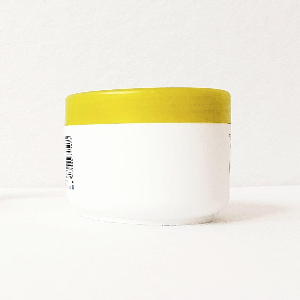 Moeten alle ingrediënten op het etiket van een verzorgingsproduct staan?