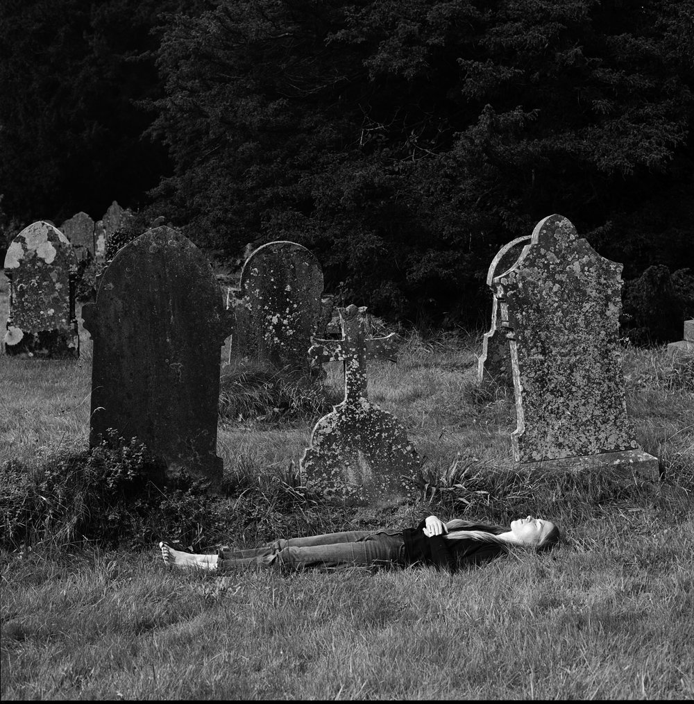 Samana, Samana music,  Photography, black and White, graveyard Portrait, Conceptual photography