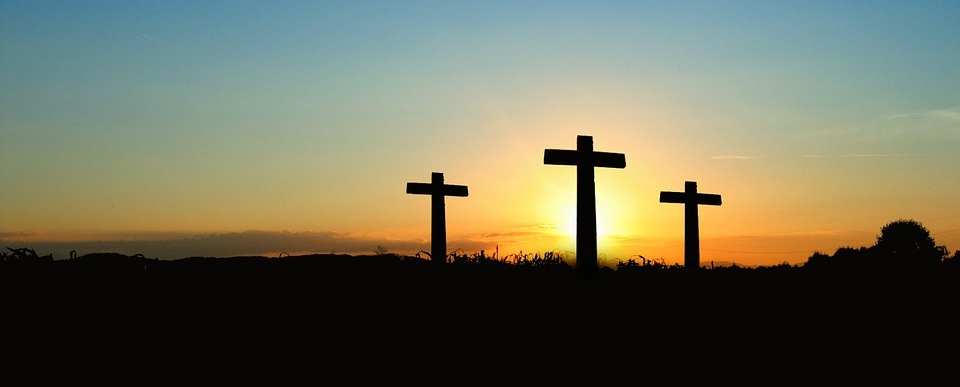 Der Glaube ist für viele Gläubige unecht geworden. Zu gross sind die Ablenkungen und Verlockungen unserer Zeit. Wer in der Liebesqualität wachsen will, der kann die letzten Kapitel der vier Evangelien lesen. Dort ist eine Begegnung mit der höchsten, tiefsten, breitesten und längsten Art von Liebe möglich.